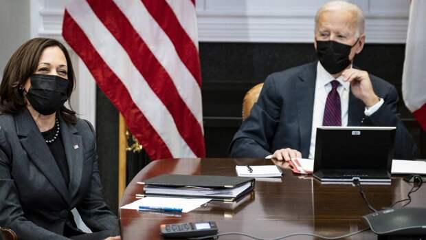 Байден активно «продвигает» в Белый дом своего заместителя — вице-президента (а до выборов — кандидата в вице-президенты) Камалу Харрис