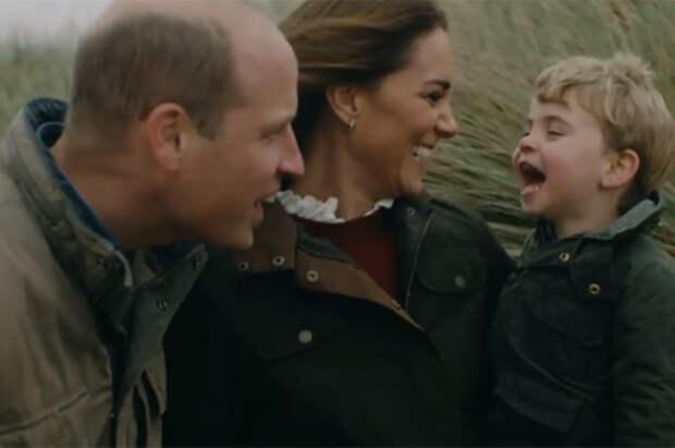 Кейт Миддлтон и принц Уильям поделились семейным видео в честь годовщины свадьбы