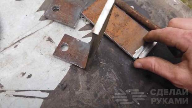 Как сделать обратный молоток для укладки ламината