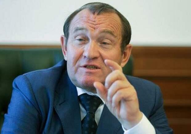 Московский вице-мэр Бирюков взялся объяснять, почему в столице регулярно перекладывают плитку