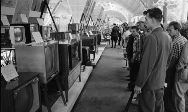 Сделка века: как СССР поменял 17 подводных лодок нагазировку Pepsi