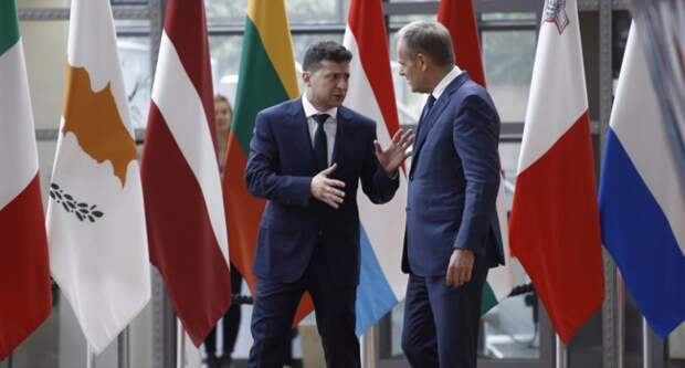 Ukrainian President Volodymyr Zelensky and European Council President Donald Tusk. Фото Ale_Mi - Depositphotos