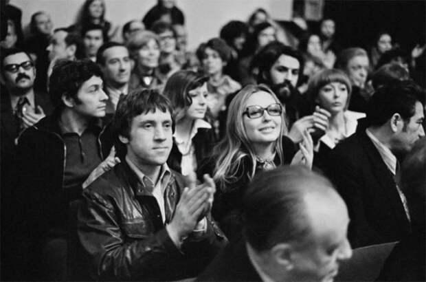 12 снимков легендарных советских знаменитостей в непринужденной обстановке