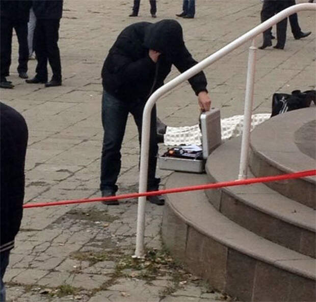 На месте убийства Руслана Везир оглы Фараджова