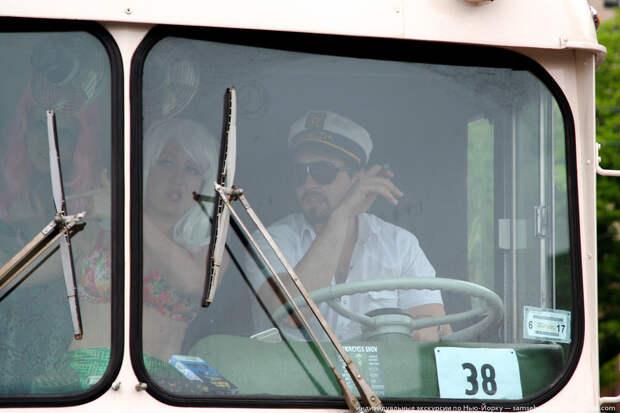 Леонардо Ди Каприо за рулем автобуса. америкосы, манхетон, руссалки