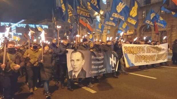 Аксенов назвал причины возможной потери Украиной своих территорий