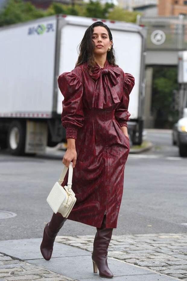 Кожаное платье: Модная изюминка в женском гардеробе 2021