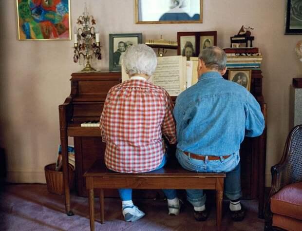 18. Познакомились в 1939 году, и с тех пор неразлучны  вера, любовь, пара