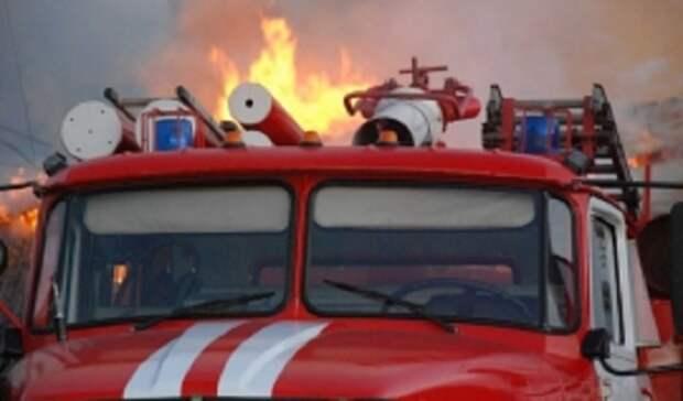 Всакмарском СНТ «Сокол» под Оренбургом сгорело 2 дачных дома и5 построек