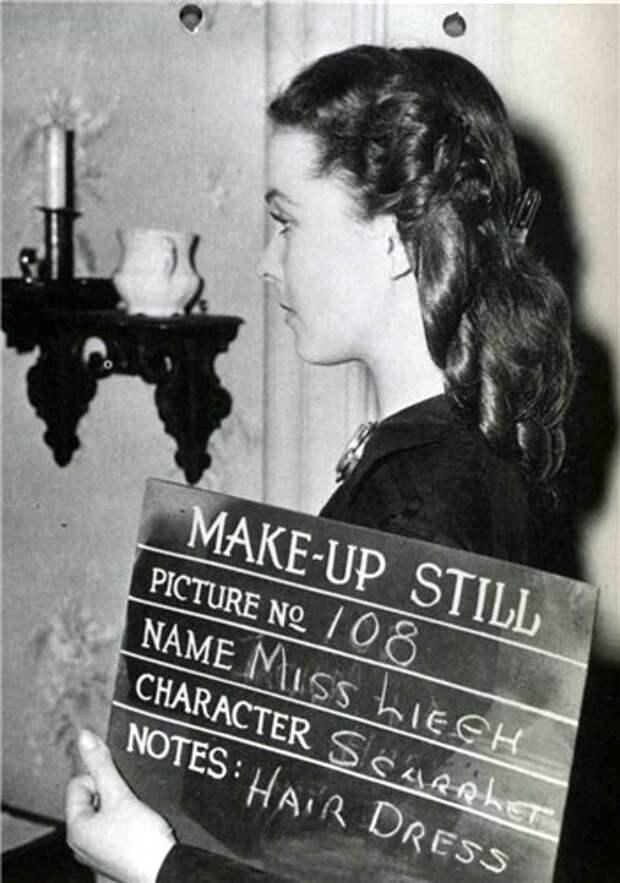 """Кинопробы по подбору костюмов и макияжа для Вивьен Ли к кинофильму """"Унесенные ветром""""."""