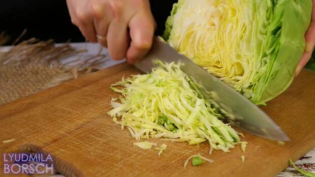 Срочно берите капусту и готовьте эту вкуснятину. Заливной пирог. Готовлю вместо пирожков.