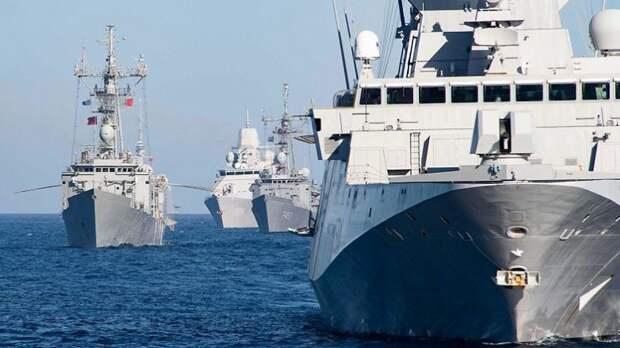 Командующий ВМС США в Европе попутал берега