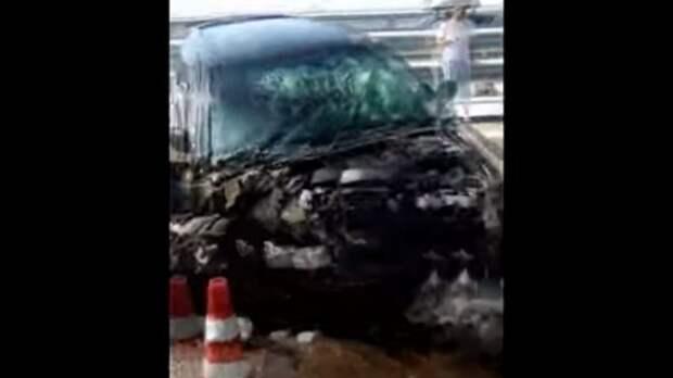 В сети появилось видео с места аварии на Крымском мосту