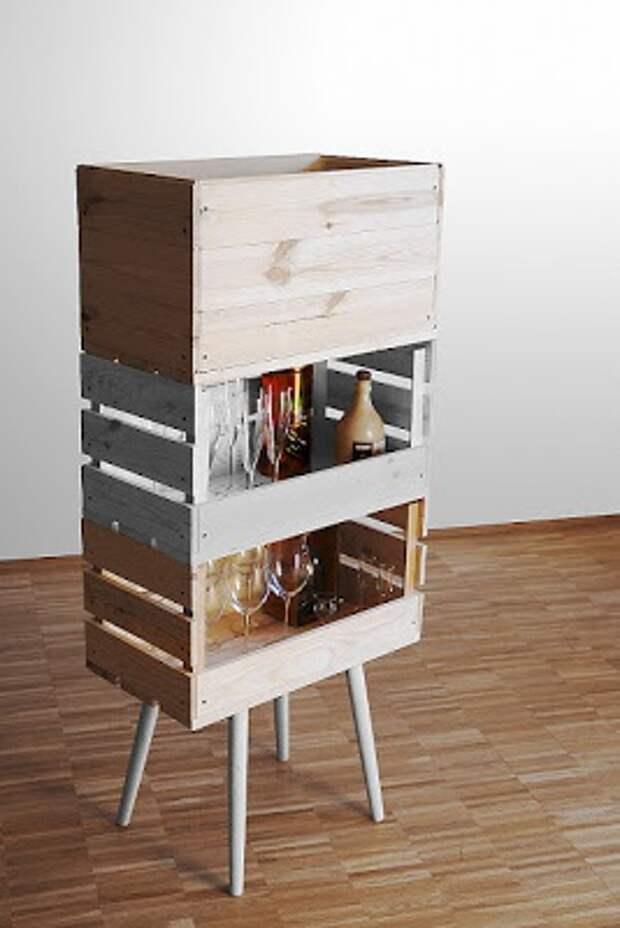 Бар и библиотека из коробок