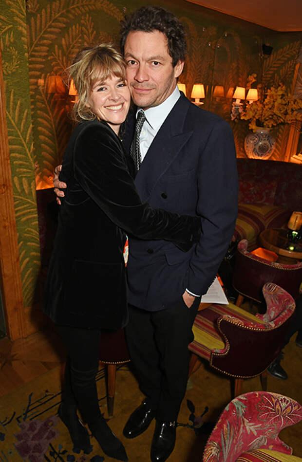 Лили Джеймс замечена за поцелуями с актером Домиником Уэстом в Риме: реакция его жены