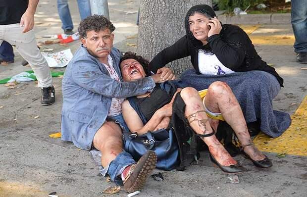 В результате теракта в Турции погибли 86 человек пришедших на антивоенный митинг