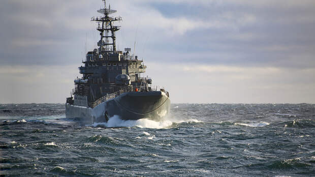 """""""Поддержка Киева и НАТО"""": Британский флот бросил вызов Черноморскому"""