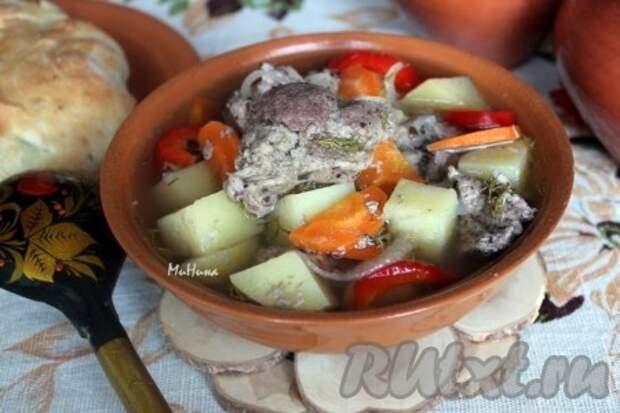 Мясо в горшочках в духовке