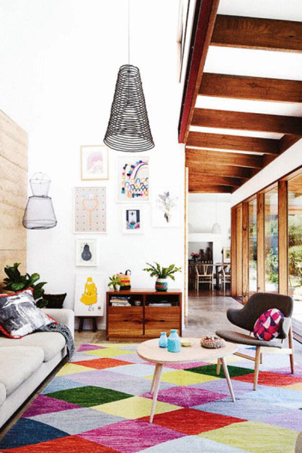 Яркий разноцветный ковер от Heather Nette King.