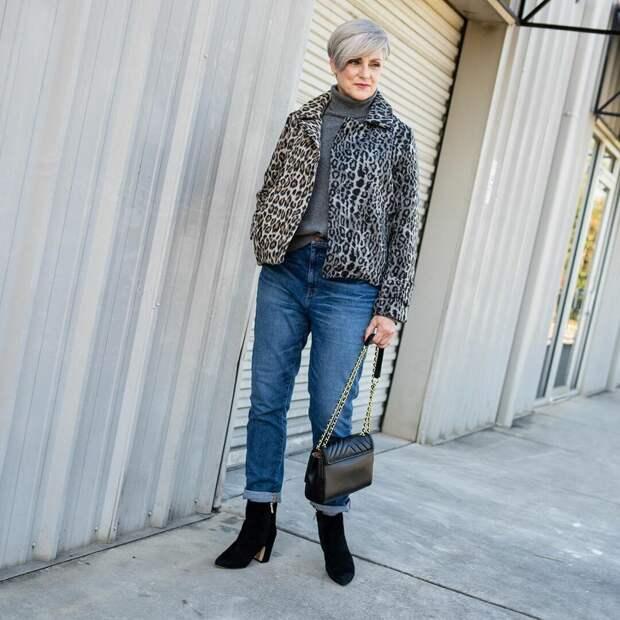 13 стильных образов от Бет Джалали для модных красоток 60 лет