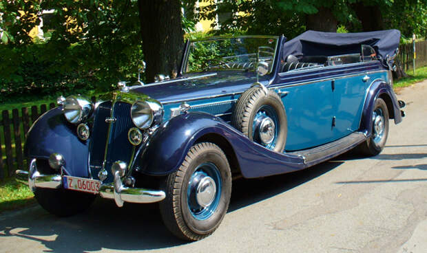 Автомобиль Horch 951A