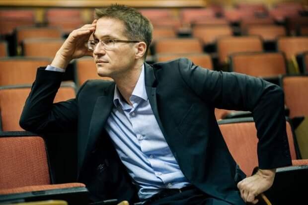 Двуличный немецкий эксперт выступил заисключение России изСовета Европы