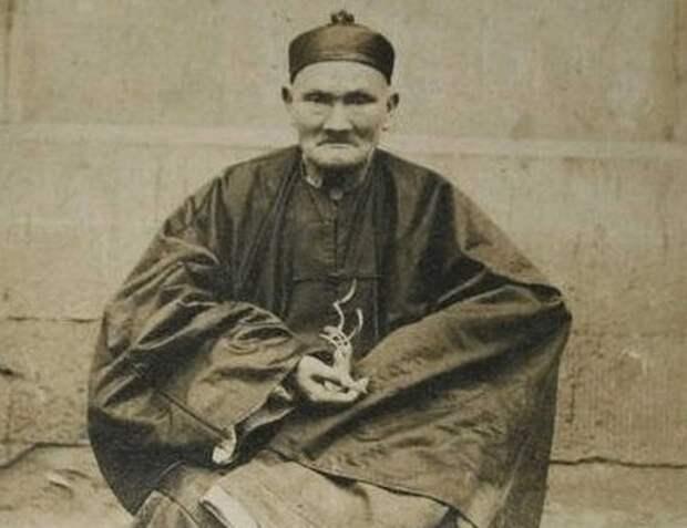 Феномен китайца Ли Цинъюня, который умер в 1933 году в возрасте 256 лет