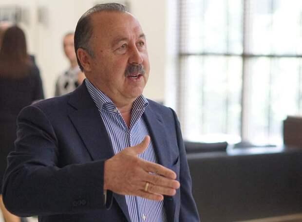 Валерий Газзаев: Руководство УЕФА сообщило, что с учетом эпидемиологической ситуации оно рассматривает проведение чемпионата Европы в какой-либо одной стране