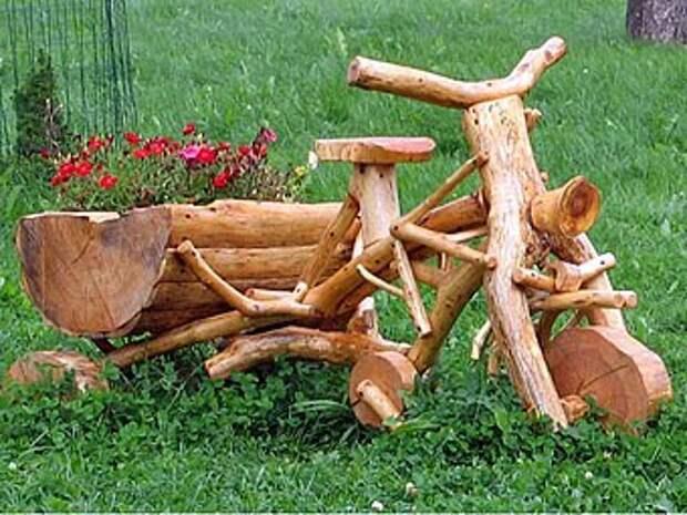 велосипед из веток украсит ваш сад
