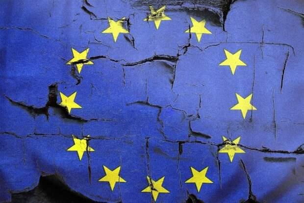 Евросоюз бросается в лапы непримиримого врага США