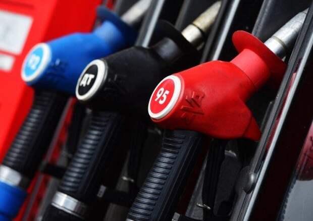 Бензин на АЗС может подорожать на рубль из-за новации по НДПИ