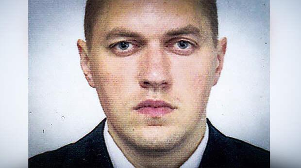На фото - Станислав Клых, ровесник Арсения Яценюка.