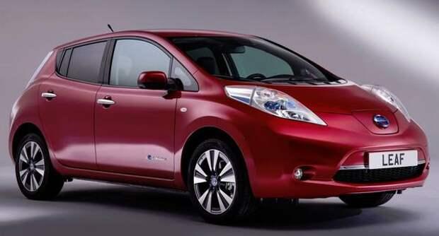 Городская электричка — японский Nissan Leaf I поколения
