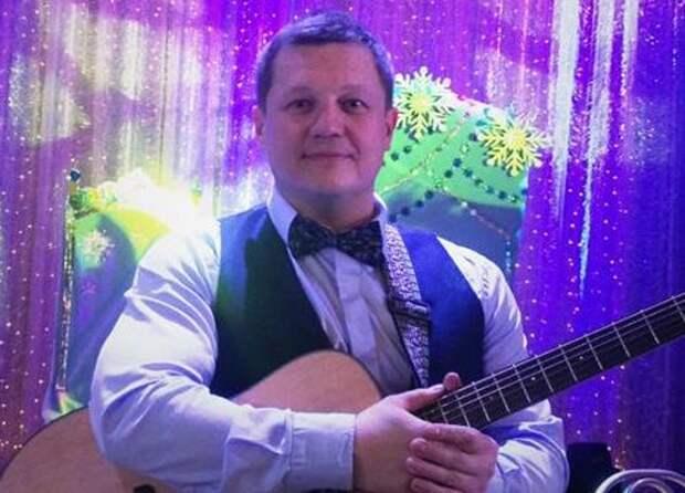 Скончался бас-гитарист группы «Любе», которого избили в Подмосковье