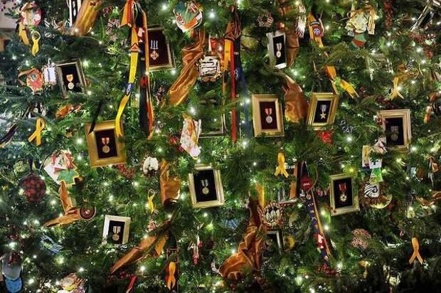 Убранство главной ёлки в Белом доме во времена президентства Барака Обамы. Фото с сайта vasi.net