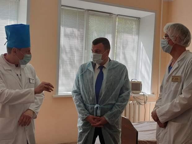 Общее число больных COVID-19 россиян достигло почти 570 тысяч человек