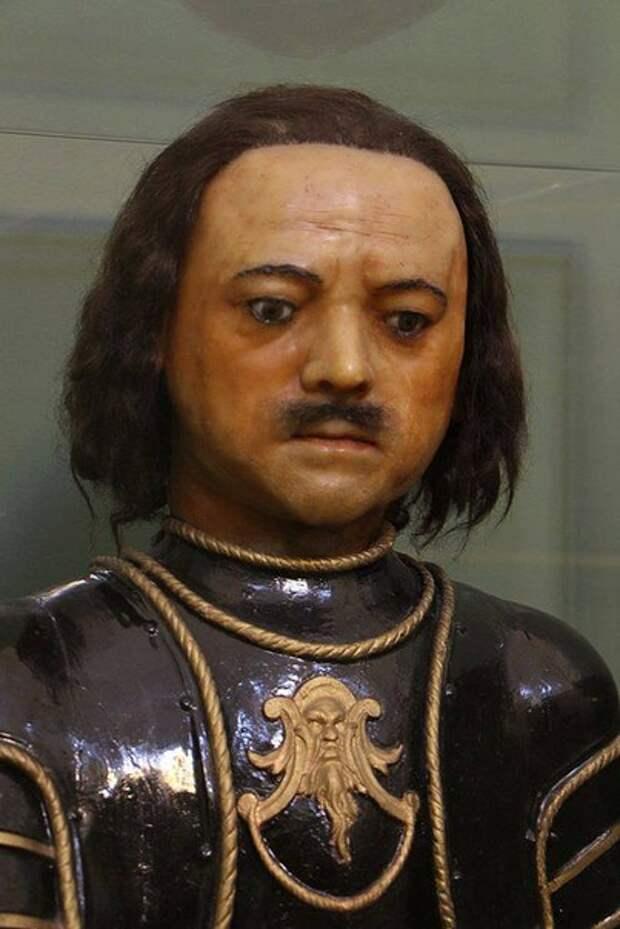 Реконструкция внешнего вида российского императора Петра I-го и его посмертные портреты.