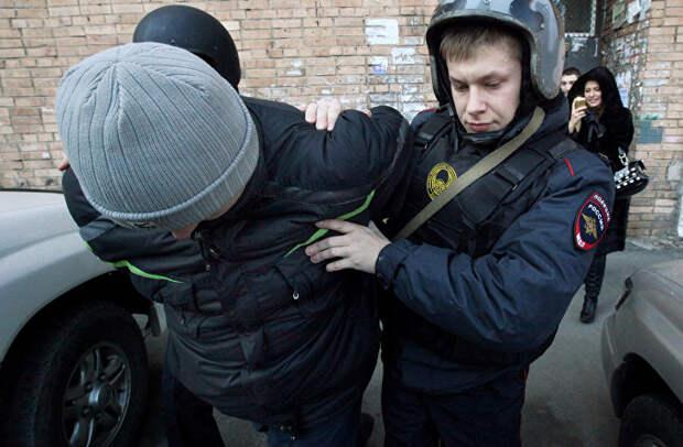 """Акция """"Студенческий десант"""" во Владивостоке"""