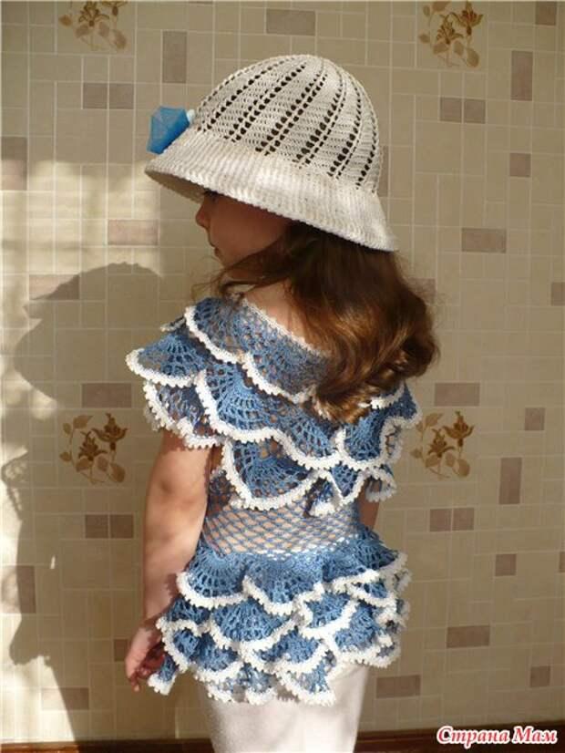 ПЕТЕЛЬКА К ПЕТЕЛЬКЕ. Платье с рюшами для маленькой модницы