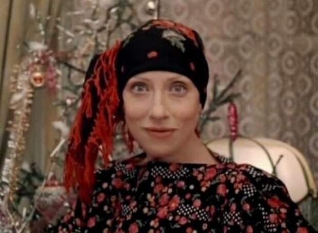 Инна Чурикова в роли Веры, жены Нетужилина | Фото: liveinternet.ru