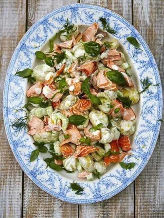 Салат с лососем — Рецепты Джейми Оливера
