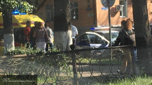 """В Великом Новгороде водитель """"Оки"""" наехал на двух пенсионеров на """"зебре"""""""