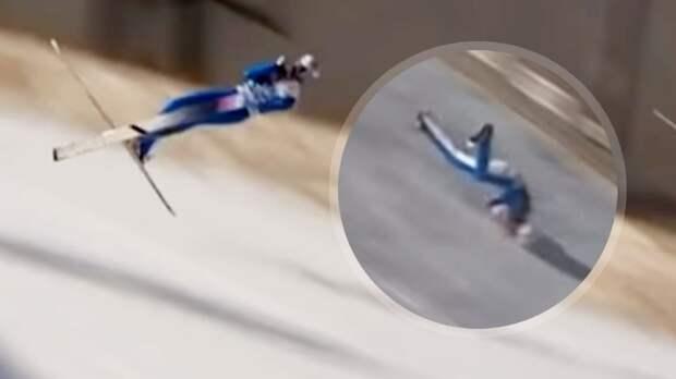 Чемпион ОИ Танде упал во время прыжка с трамплина на скорости 100 км/ч. Его увезли без сознания: жуткое видео