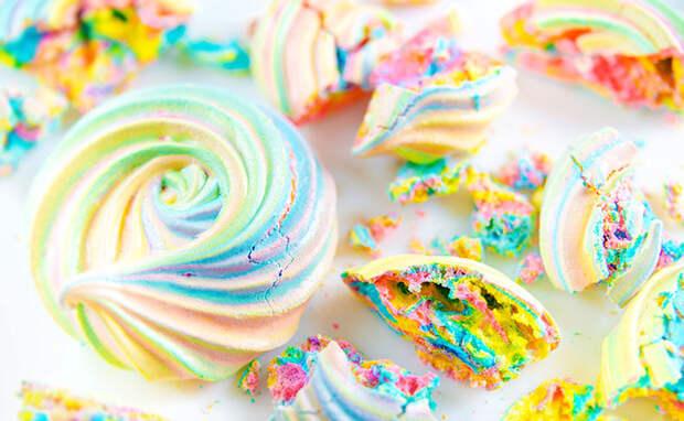 Радужные Меренги— десерт, способный моментально улучшить настроение!