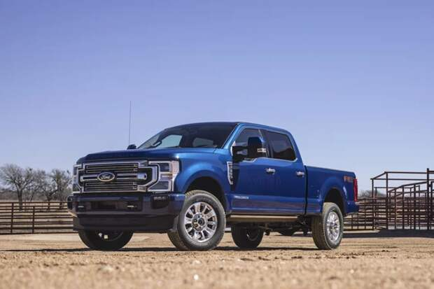 Ford может отправлять недостроенные автомобили дилерам из-за нехватки чипов