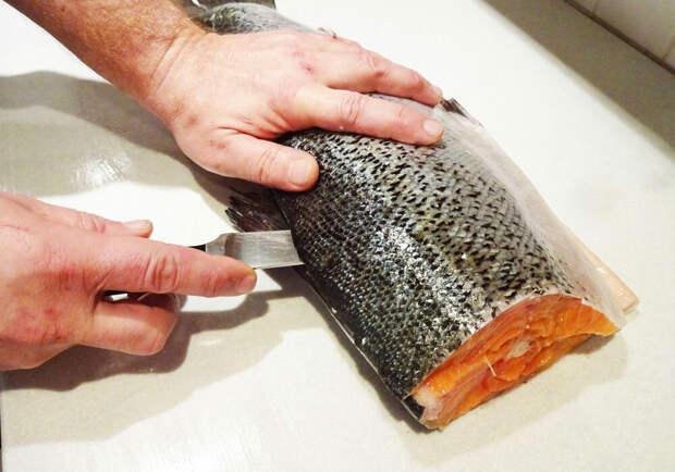 Правильно разделываем и засаливаем рыбу. Именно, правильно. Как надо делать и чего ни в коем случае делать не надо. Будет вкусно