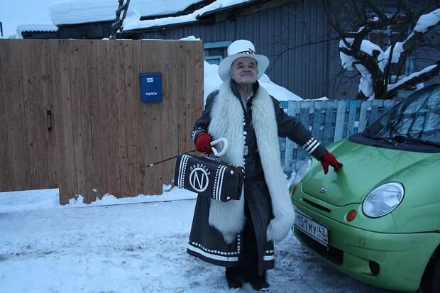 Мех для этого образа моднику передали после съемок телепередачи Фото: Анна КРЮКОВА