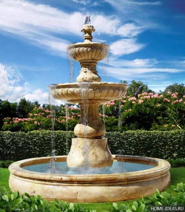красивый стационарный фонтан для дачи