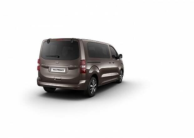 Peugeot, Citroen и Toyota сообразили один минивэн на троих
