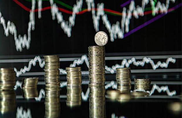Что будет с рублем? Валютный прогноз аналитиков с новыми вводными
